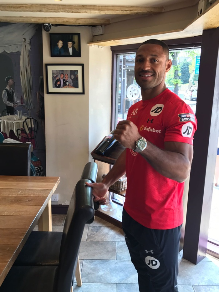 Kell Brook drops in for lunch!