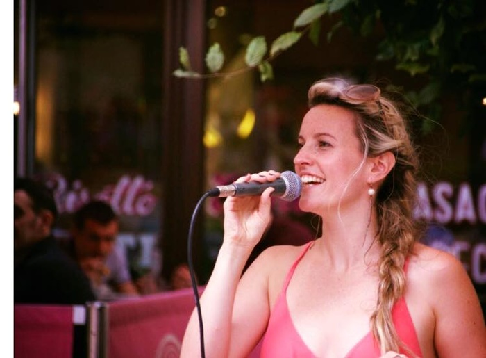 15 Jan / Emily Claire West entertains this Wednesday