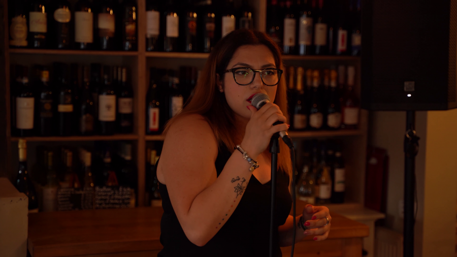 Live Music at Nonnas – Our very own Stefania!